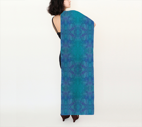 happenstance-01-long-scarves.png