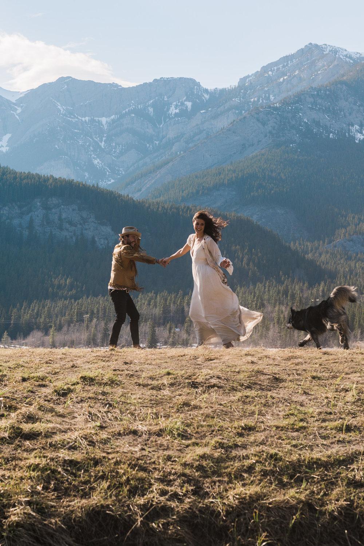 Adventurous boho wedding photography with animals