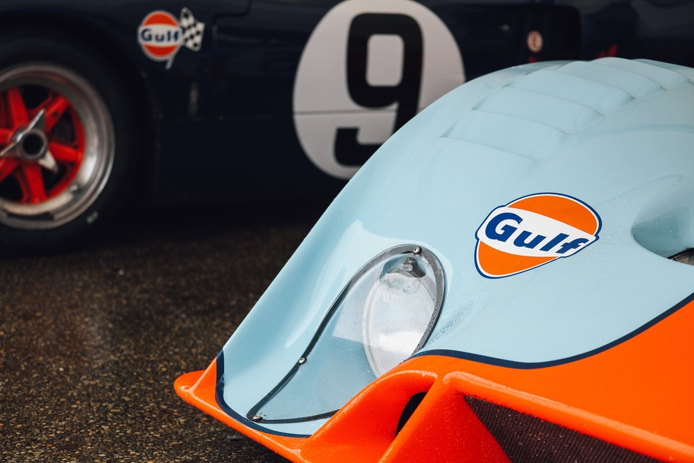 Nothing like the old school Gulf livery. Except maybe the Martini one. Oh, also Lotus John Player Special gold and black. *swoon*  Gear & Specs: Fuji X-T1 - Fujinon XF 50-140mm F2.8 R LM OIS WR - 1/75 f2.8 ISO 200
