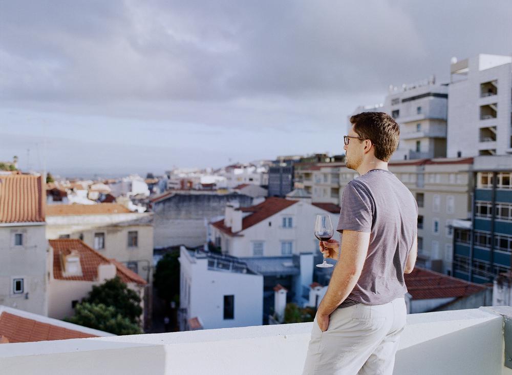airbnb-1000.jpg