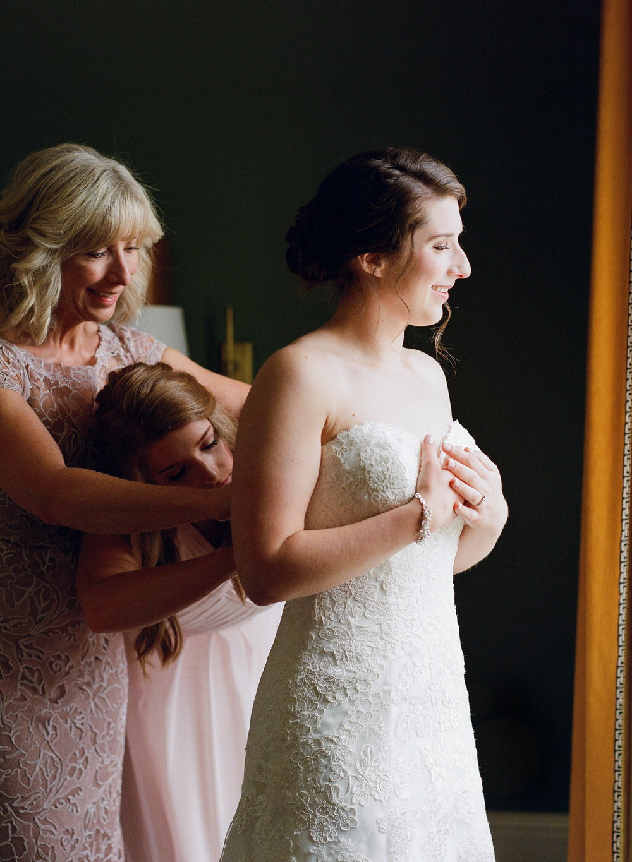 Bridal Prep Graduate Athens Wedding-2005.jpg