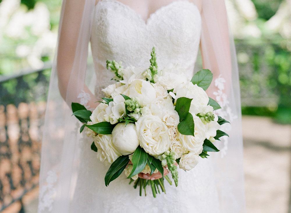 Lyndon House Arts Center Wedding Photo Bouquet-2019.jpg
