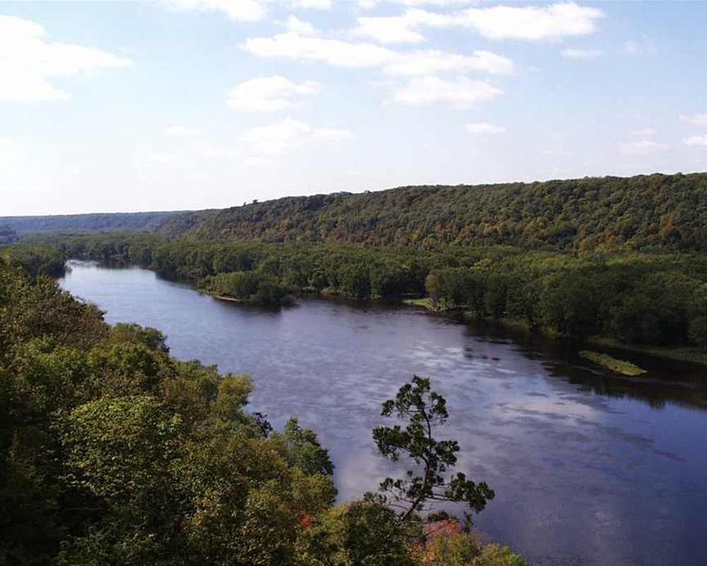 A view of the St. Croix River from atop the Osceola Bluff