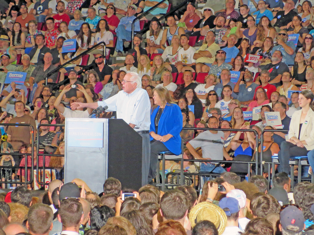 Moda Center at capacity on Sunday, August 9, 2015 for Bernie Sanders. Photo by: Gene Findley