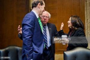 Sen Jeff Merley, D-OR, Sen Bernie Sanders, I-VT, Sen Maria Cantwell, D-WA