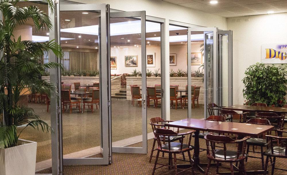 bi fold doors mackay