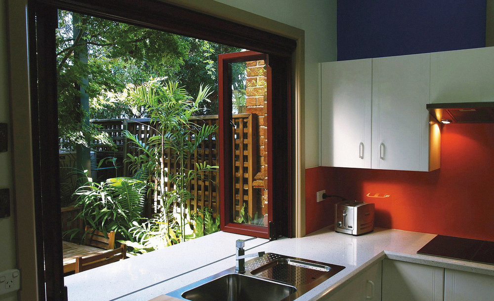 bi fold windows mackay commercial