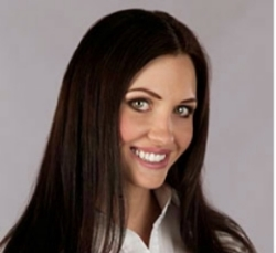 Megan Gage : Hot Tot Hair Care