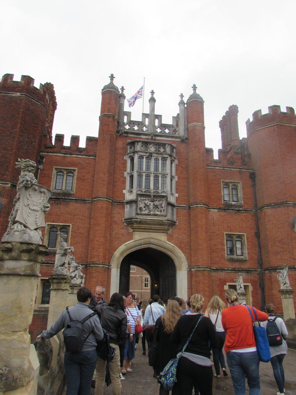 Hampton Court 12.jpg