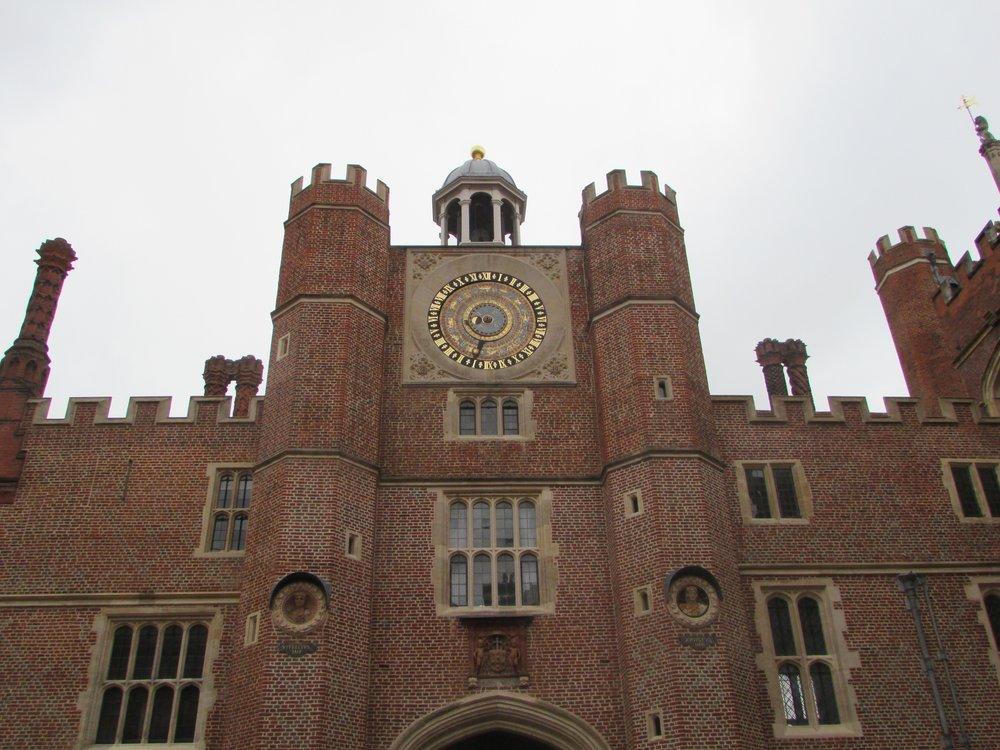 Hampton Court 1.jpg