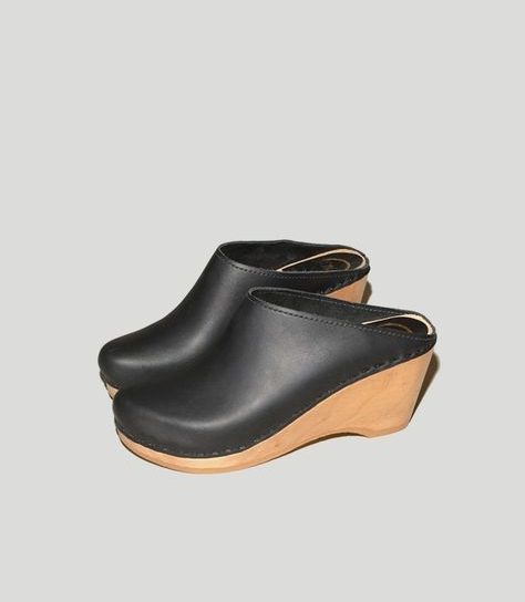 NO.6 NEW SCHOOL CLOG ON WEDGE IN BLACK   NO. 6, $275