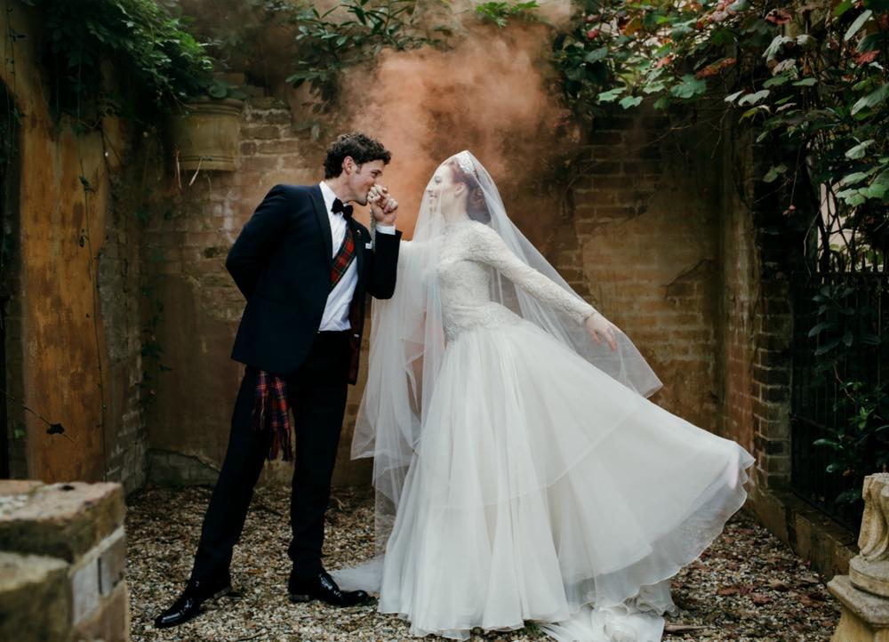 Emma_Lachy_Wiggles_Hopewood_Wedding_17.jpg