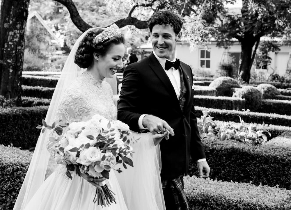 Emma_Lachy_Wiggles_Hopewood_Wedding_18.jpg