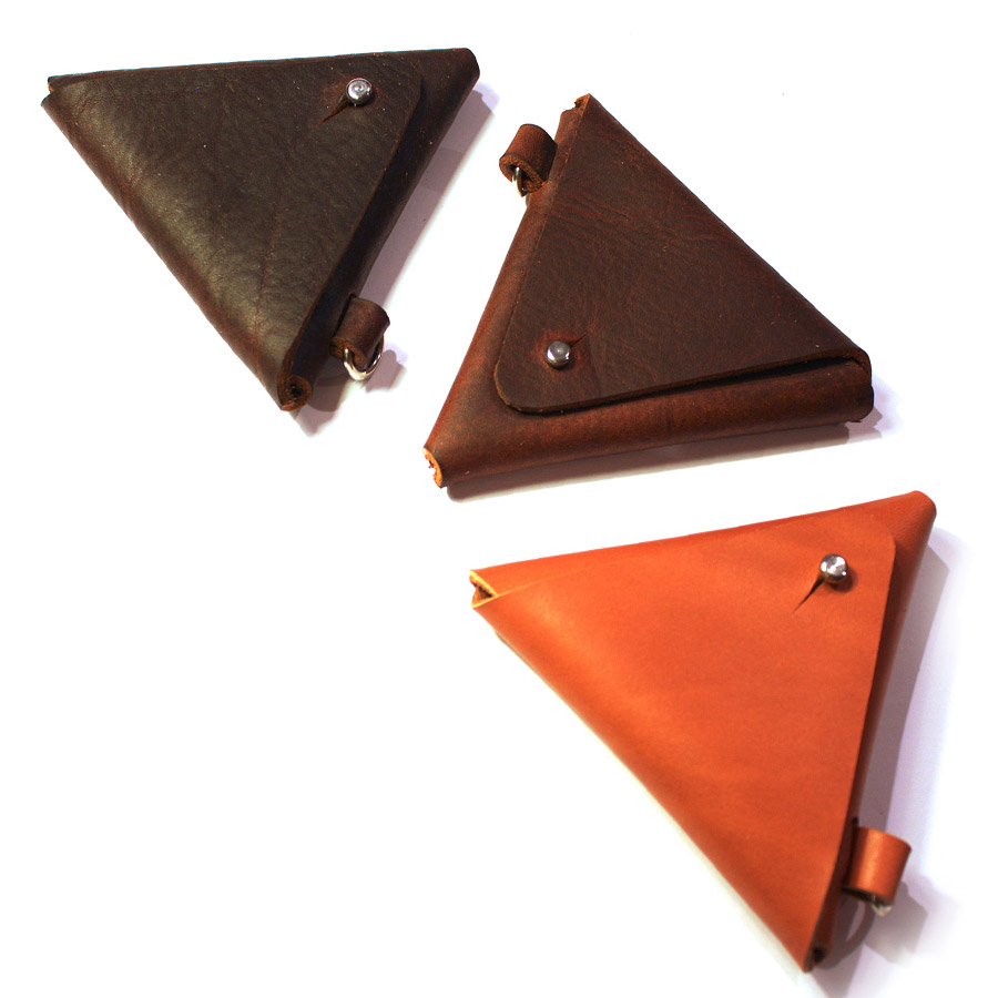 Triangular-coin-pouch-01.jpg