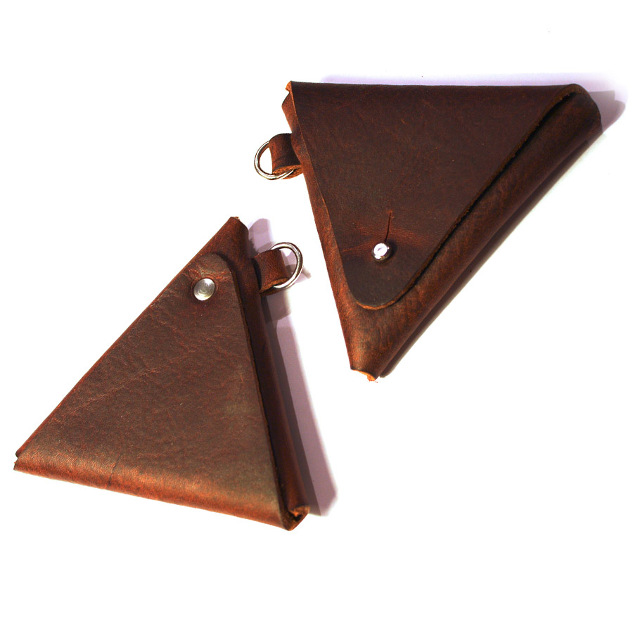 Triangular-coin-pouch-03.jpg