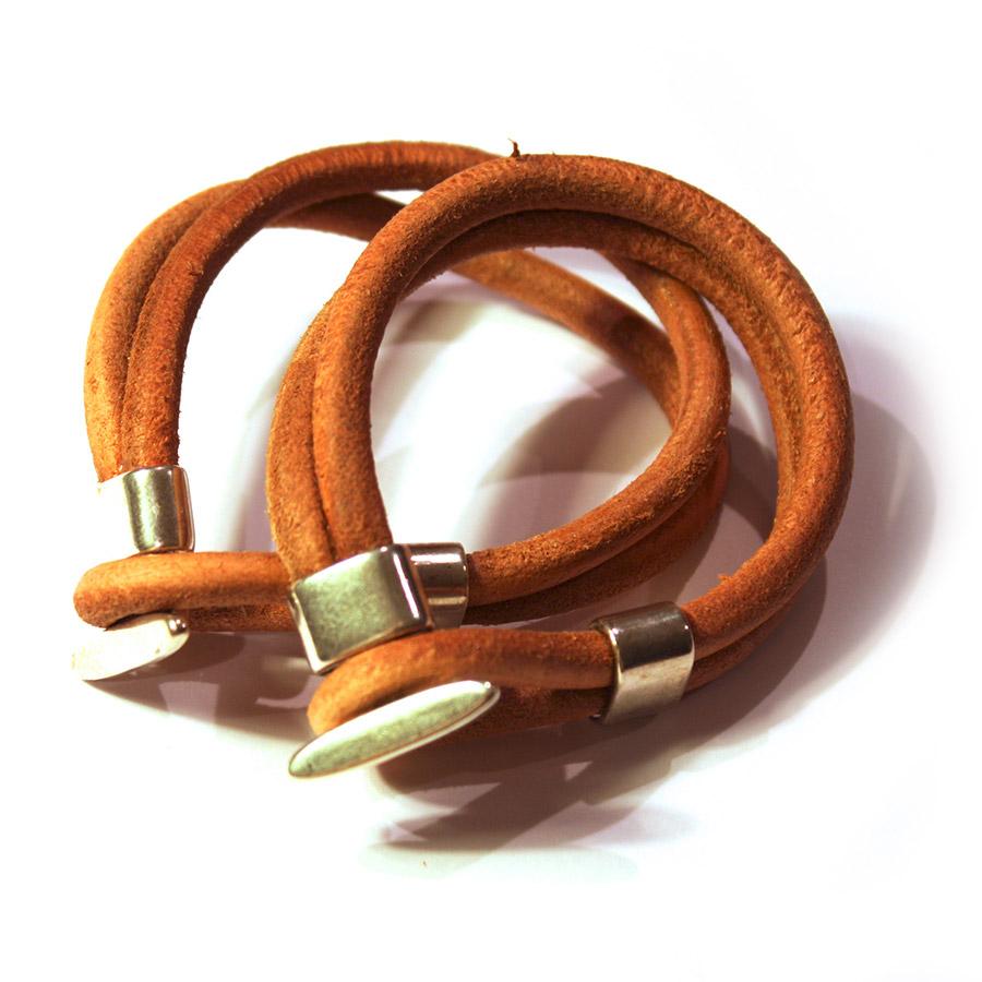 Loop-bracelet-01.jpg