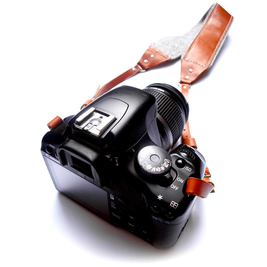 Camera-strap-02.jpg