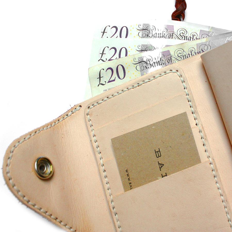 09-Premium-wallet-MK1.jpg