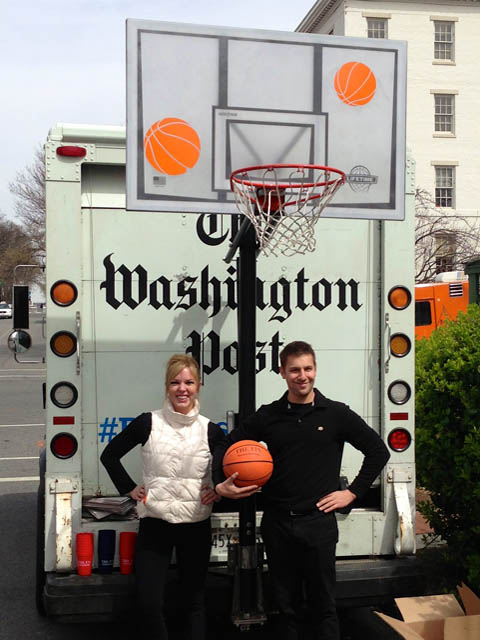 Beaute street team promotes The Washington Post twitter #RecessReading with 'Food Truck Free Throws