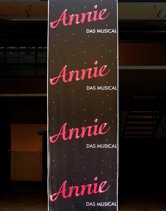 annie_banner.jpg