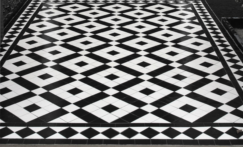 Black and white victorian   tiles using Banded Box design