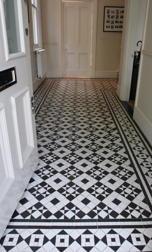 8 mosaic hallway in st peter 39 s road twickenham tw1 for Tiled hallway floor ideas