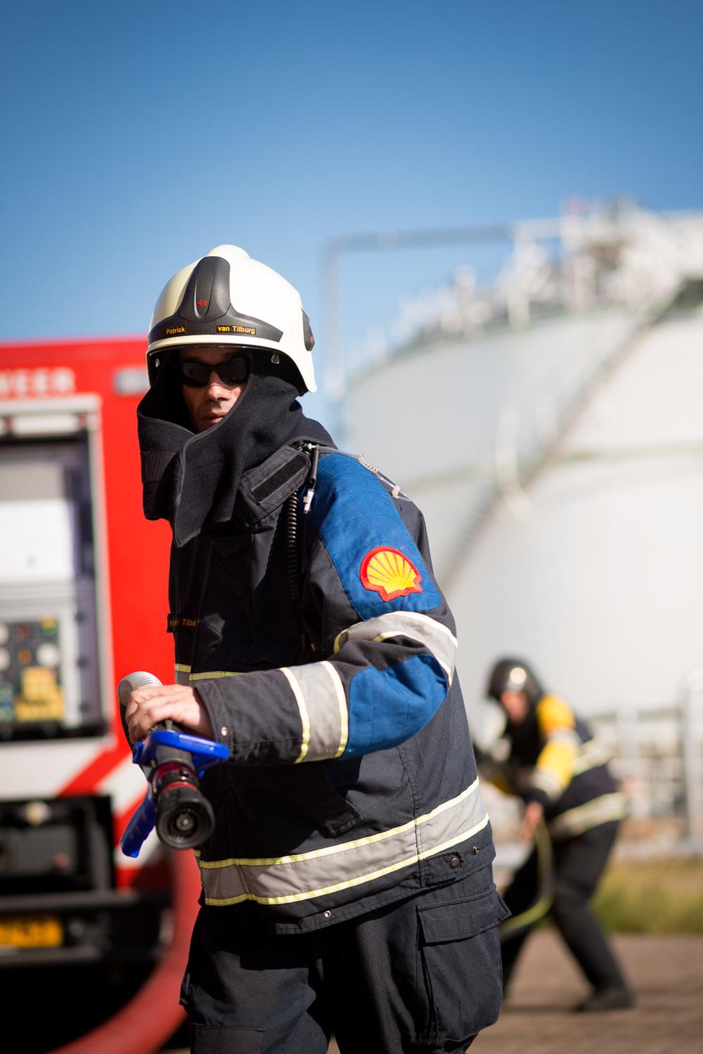 Brandweeroefening bij Shell Moerdijk, 2013.