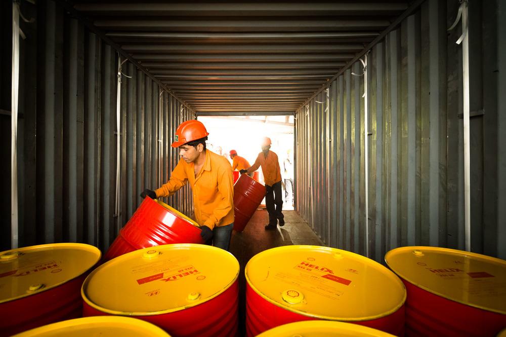 Industriele-fotografie Shell olievaten India