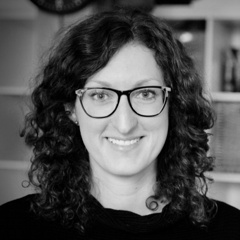 Laura Fox | Writer/Researcher
