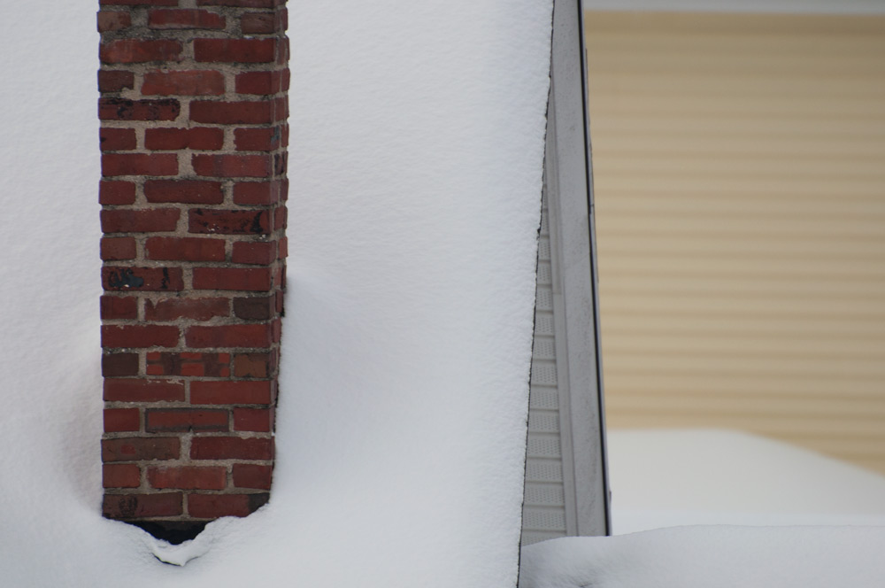 roof_snow_chimney.jpg