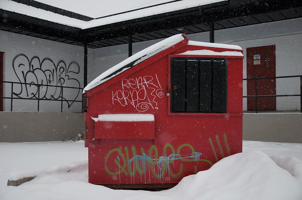 graffiti_dumpster_01-2014.jpg