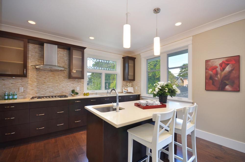 Condo 2 - Kitchen.jpg