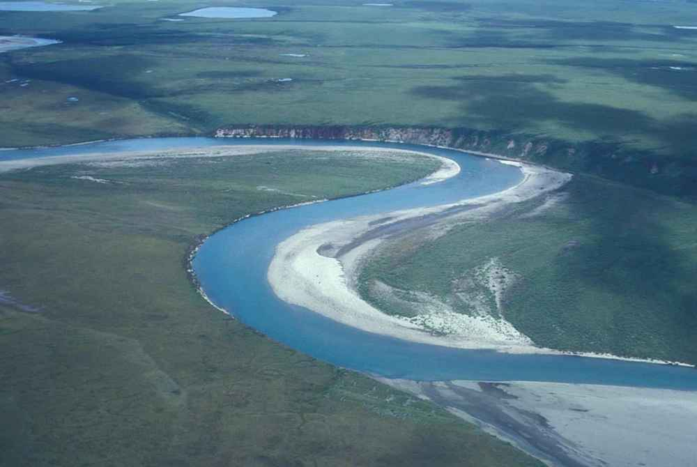 Noatak_river_middle_section.jpg