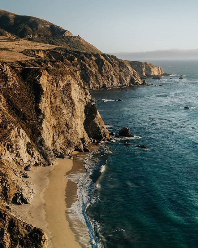 Views at Big Sur, CA 🌊 • • • • • #bigsur #moodygrams #travelphotography #goldenhour #justgoshoot #thevisualscollective #awesupply #vscocam #fullframe #theIMAGED #artofvisuals #exklusive_shot #agameoftones #visualsoflife #ReflectionGram #feedbacknation #neverstopexploring #mountainview #bixbybridge #thevisualscollective #awesupply #fog #bevisuallyinspired #basejump #perfecttiming #weddingphotography #eclectic_shotz #folkgreen #earthfocus