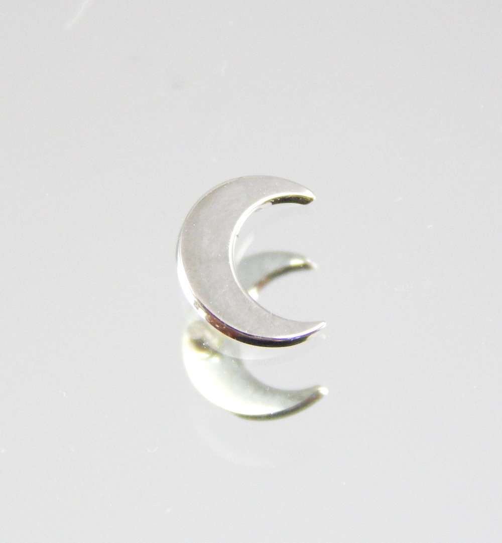 white gold approx. 6mm x 5mm