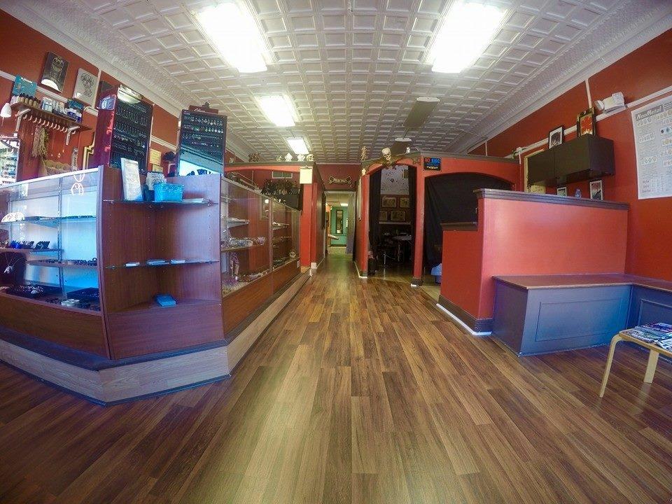Mr. Williams Tattoo Co., 216 E Main St., Tavares, Fl. - 352-742-8288