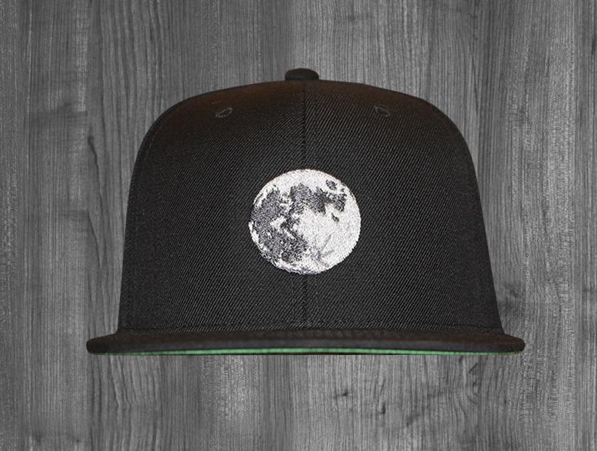 MOON snapback BLACK.jpg