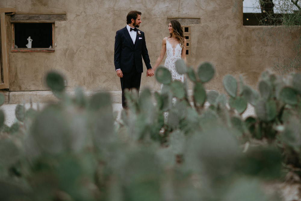 29-Palms-Inn-Joshua-Tree-Jewish-Wedding-H+M-26.jpg