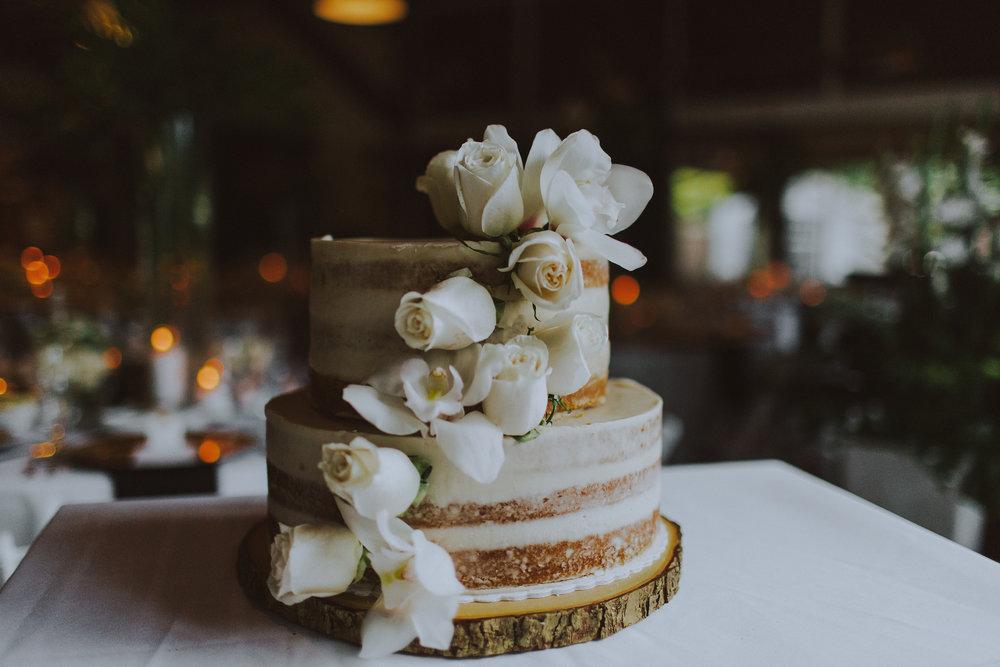 Bowen-Island-wedding-Bowen-Island-Lodge-vancouver-island-wedding-photographer-26.jpg