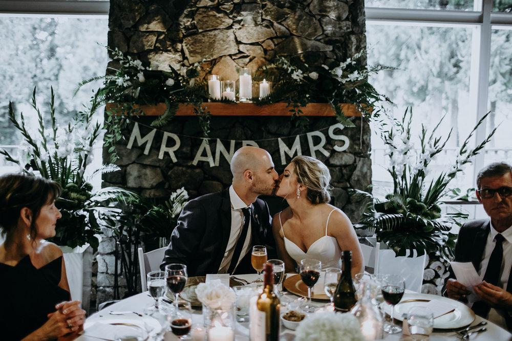 Bowen-Island-wedding-Bowen-Island-Lodge-vancouver-island-wedding-photographer-30.jpg