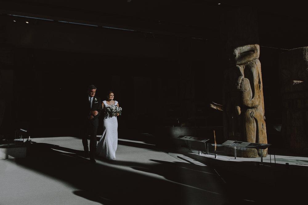 Museum-of-Anthropology-at-UBC-wedding-13.jpg