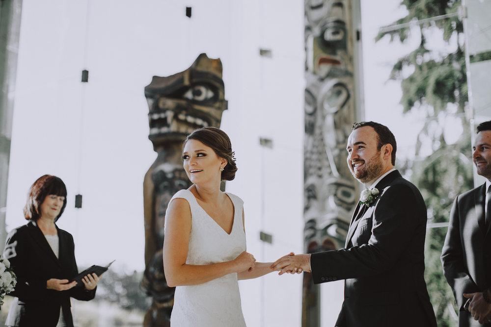 Museum-of-Anthropology-at-UBC-wedding-17.jpg