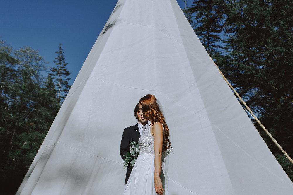 Wedding-Camp-Fircom-Gambier-Island-7.jpg
