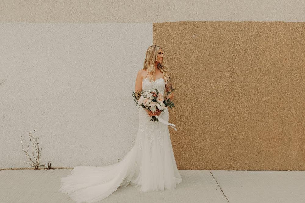Industrial-Vibe-Wedding-Sambajoy-Photo-Art-16.jpg
