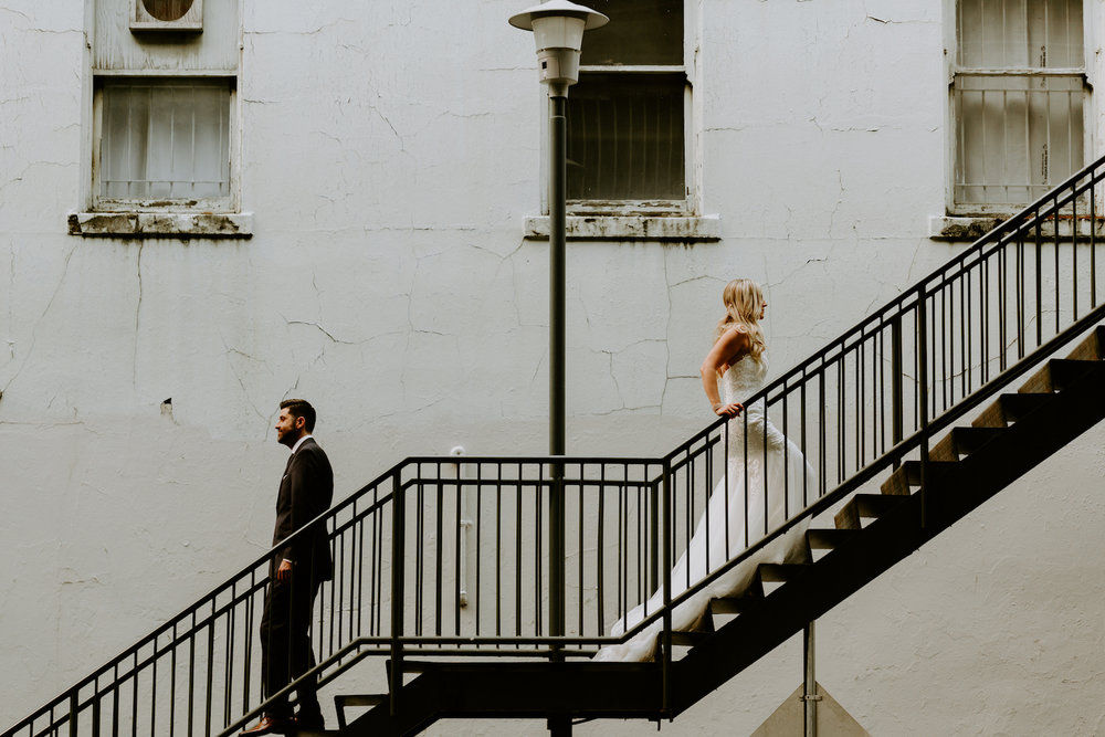 Industrial-Vibe-Wedding-Sambajoy-Photo-Art-19.jpg