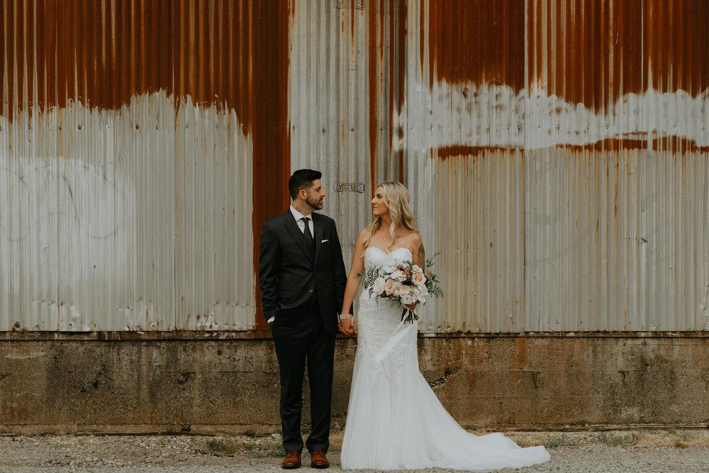 Industrial-Vibe-Wedding-Sambajoy-Photo-Art-21.jpg