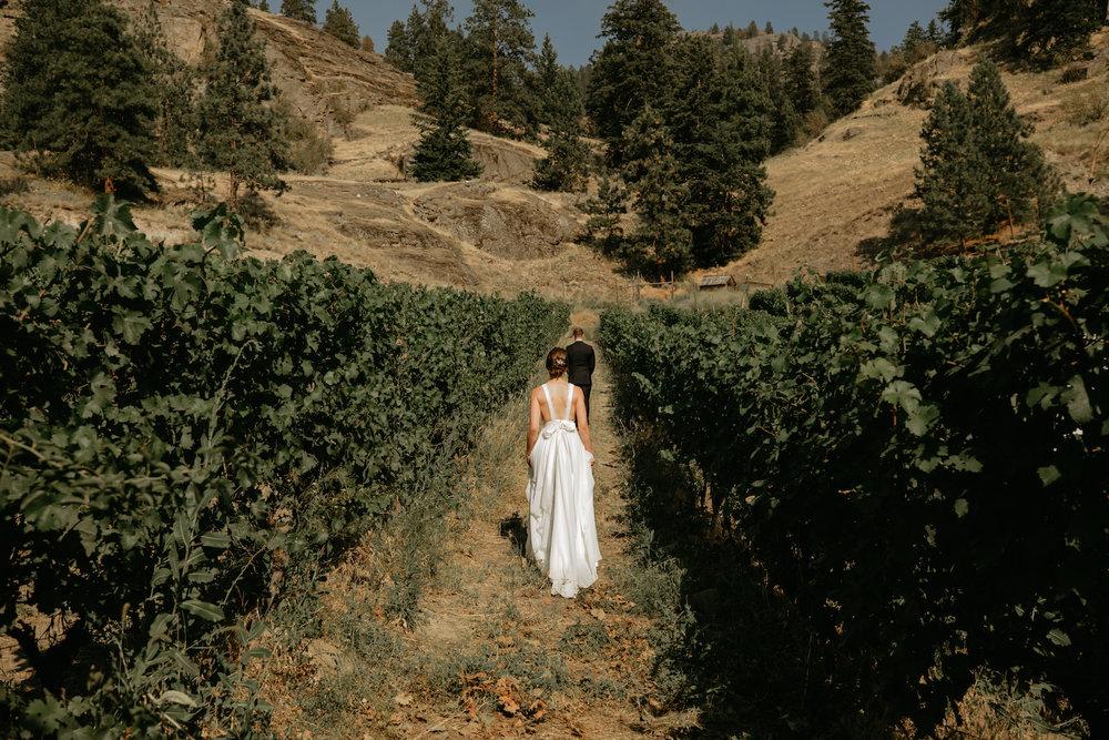 Gods-mountain-estate-weddings-16.jpg