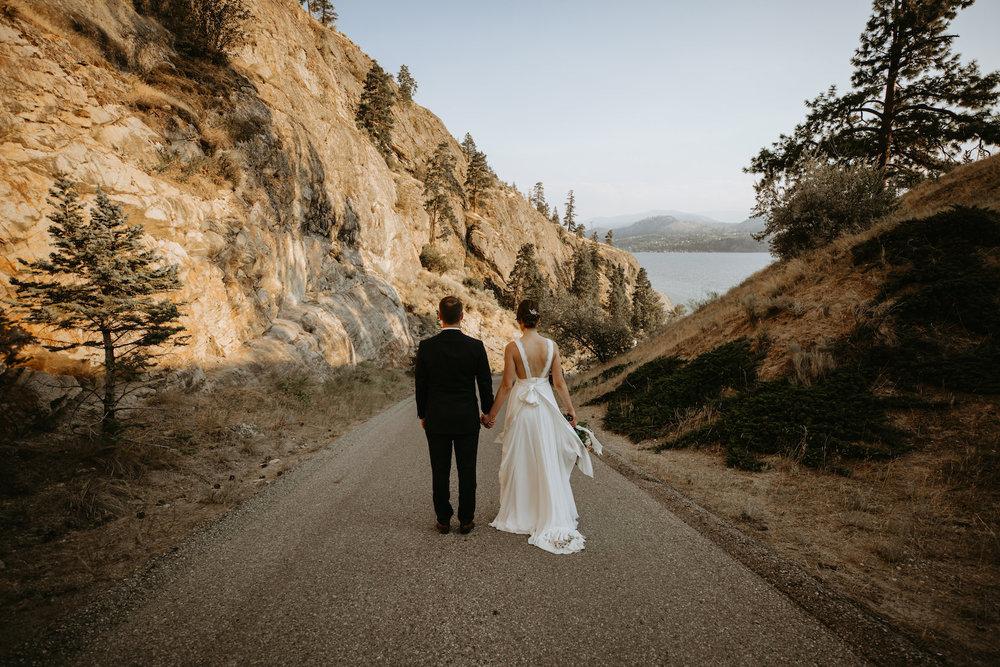 Gods-mountain-estate-weddings-33.jpg