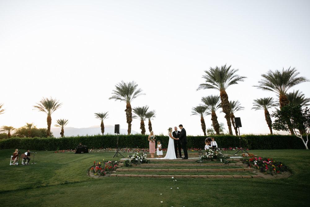 Modern_Golf_Club_Wedding_in_Palm_Springs_028.jpg