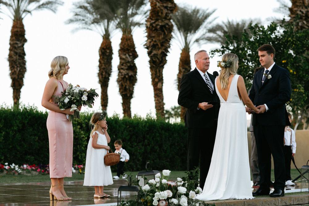 Modern_Golf_Club_Wedding_in_Palm_Springs_029.jpg
